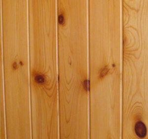 lantai kayu pinus