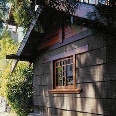bungalow berlumut